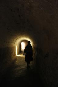 pr_tika-in-cave